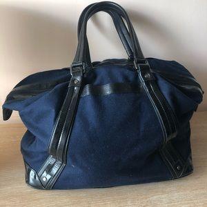 lululemon athletica Bags - Lululemon weekender bag